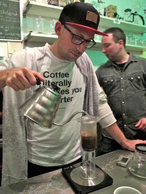 Cupping and slow brewing methods – the third The Coffeevine workshop
